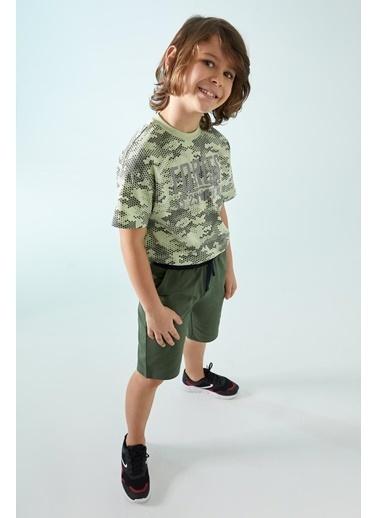 DeFacto Erkek Çocuk Kargo Cepli Bermuda Şort Yeşil